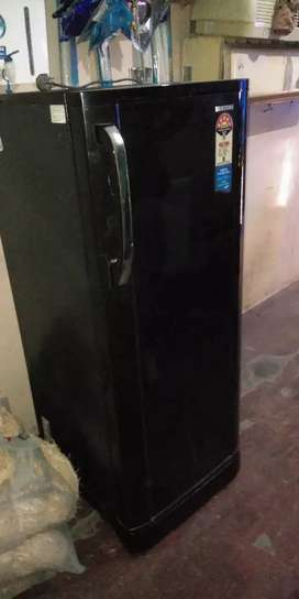 Samsung fridge 210 litre new condition