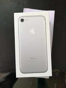 New Apple i phone 7 32gb