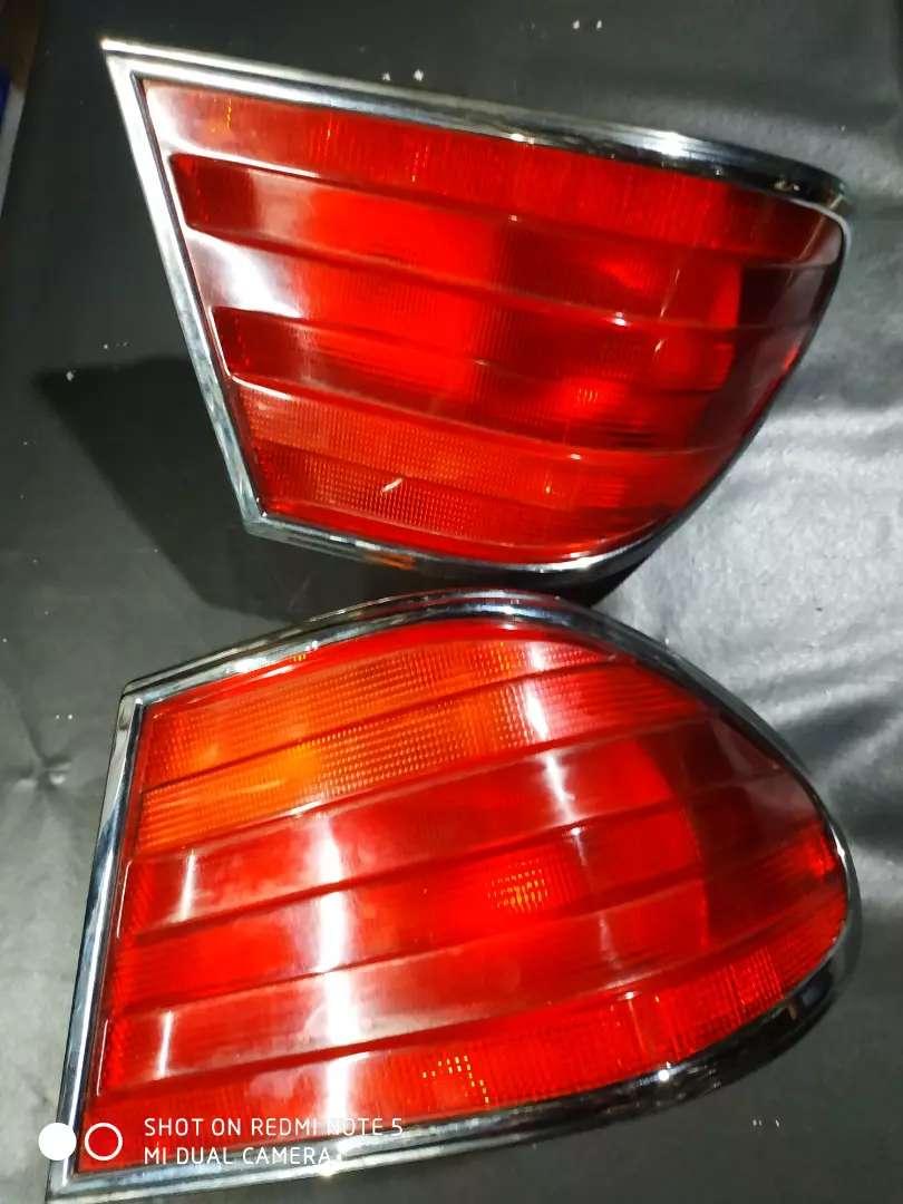 stoplamp.lampu brlakang mercy mecedes W210 0