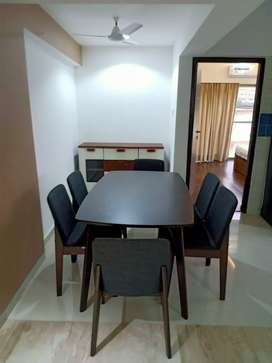 ROOMS MATES AVAILABLE IN 2BHK LAVISH FLAT BACHELORS PRIME LOCALITY IN