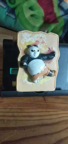Mainan Happy Meal Kungfu Panda Kuning. Mainan KFC McD