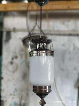 Lampu antik gantung hias kuningan dekorasi runag tamu teras klasikan