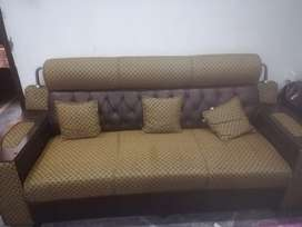 5 seater (3+1+1) Sofa Set for sale