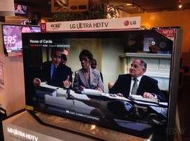 """Dijual kredit Smart tv LG 65"""" inch sudah 4K"""
