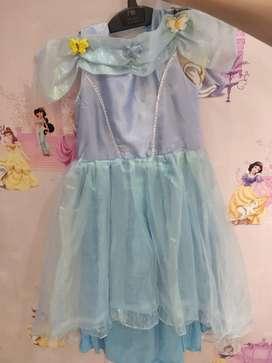 Kostum Cinderella 2 in 1 bisa dibolak balik