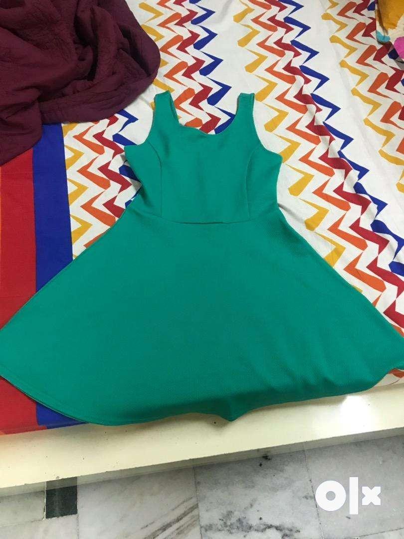 green elegant dress 0
