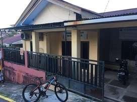 rumah disewakan bds 2 dekat masjid