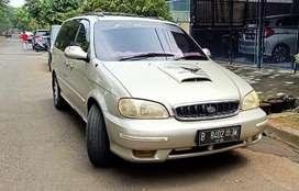 Dijual Mobil Kia Carnaval warna Emas tahun 2000 pajak panjang km250rb+