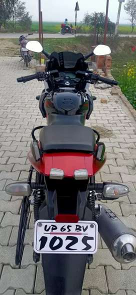 I want to sell my 220f BAJAJ Pulser