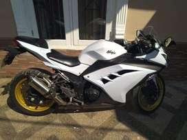 Motor Ninja 250 FI Murah Putih Bersih Bogor