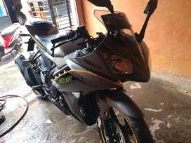 Yamaha R15 posisi mamboro
