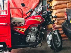 United loader rickshaw for sale new condition 150CC