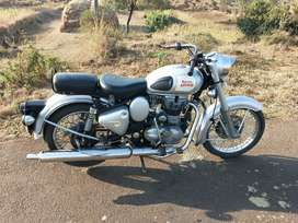 Royal Enfield classic 350 with bahubali handle