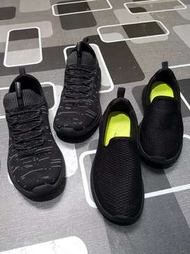 Skechers slip on anak size 31 & 36