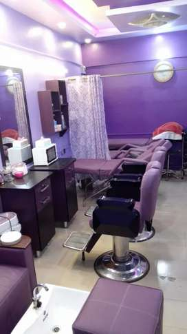 Golden opportunity to Own Beauty  Salon.