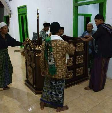 mimbar masjid ukir ekonomis 0