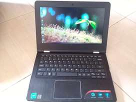Laptop Lenovo Ideapad 300s Second