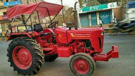 2017 model mahindra 275 tractor parked at-ajit motors dhamtari c.g.