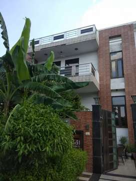 450 mtr newly built kothi bunglow for sale in sec 40 Noida