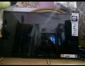 Sale Sony LCD 32 inc with accessories
