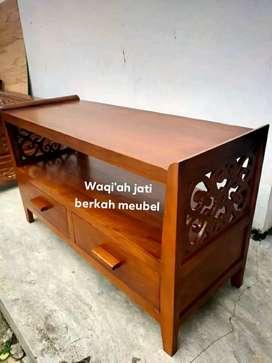 Meja tv minimalis ulir laci 2 mewah, P. 100cm, bahan kayu jati tua