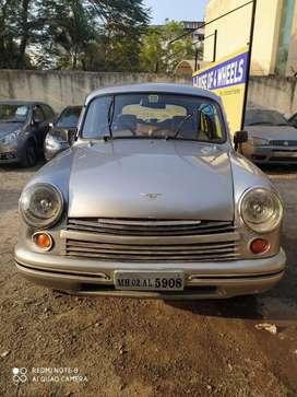 Hindustan Motors Ambassador Classic 1800 ISZ MPFI, 2005, Petrol