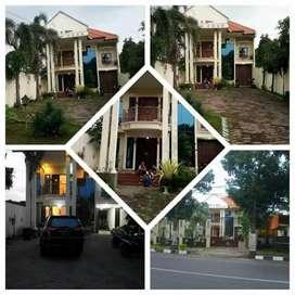 Dijual Rumah Mewah di Kota Mojokerto