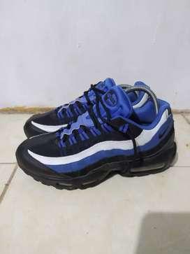 Sepatu Nike airmax 95