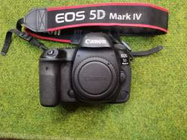 Canon 5D MARK IV Body.. (Mint Condition)