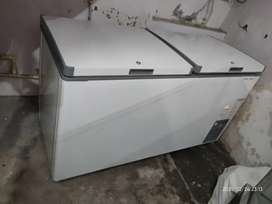 VOLTAS DOUBLE DOOR CHEST FREEZER IN 5 YEARS OF WARRANTY