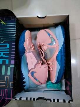 Sepatu Nike Kyrie 6 Original Size 42 ( 27 cm )