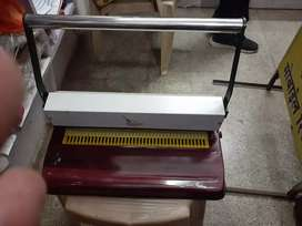 Spairal bainding machine