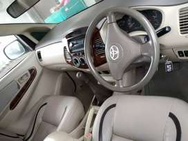 Toyota Innova 2007good conditions new tyres 80percent
