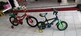 Dijual 2 sepeda anak2 18 inci dan 12 inci