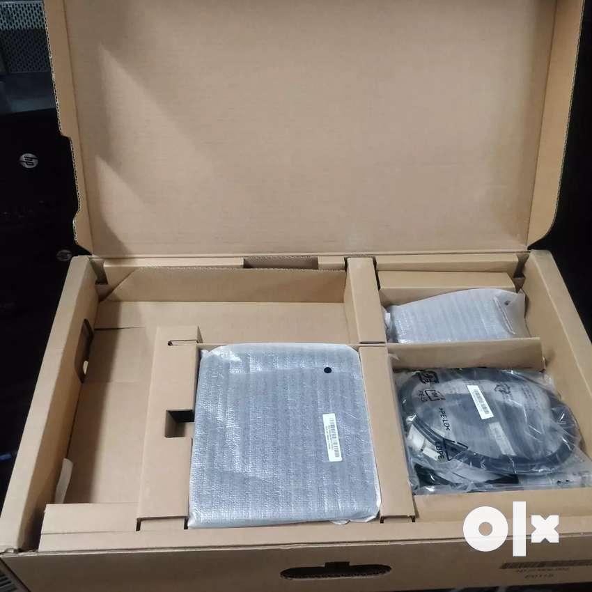 """22"""" Dell wide screen E2214h (professional series) 0"""