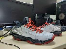 Sepatu Lining Sonic Boom