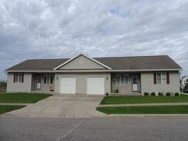 8 Marla House Available Pay just 10%, Rest Bank Loan.