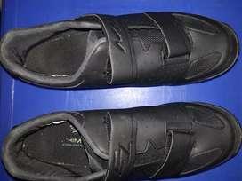 Sepatu shimano me100 & pedal cleat shimano