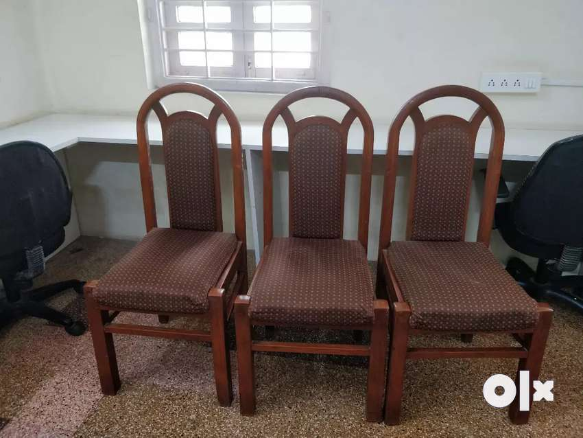 Teak wood dining chairs. Set of 6 chairs. 0