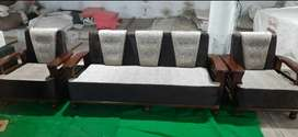 Duniyar sofa set