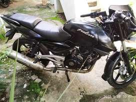 Bajaj Pulsar 220cc oil cooled model single owner Selfstart Excellent