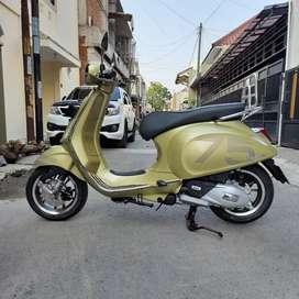 Vespa Primavera 75th anniversarry  limited edition