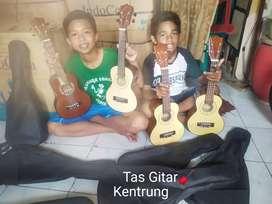 Gitar kentrung ariyanto