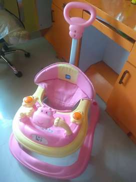 Mee Mee Baby Walker 6 months old in New Condition