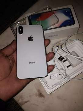 IPhone X 64 GB silver colour