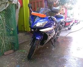 R15 Yamaha version 2