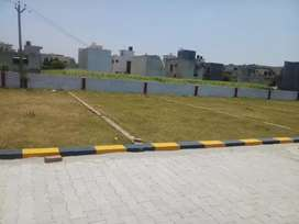 Plots hi plots nr curo pvr cinema 66 ft road in all budget. Just call