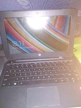 Notebook HP Notebook HP 10-F004AU PROC N2840/DRR3 2GB/H