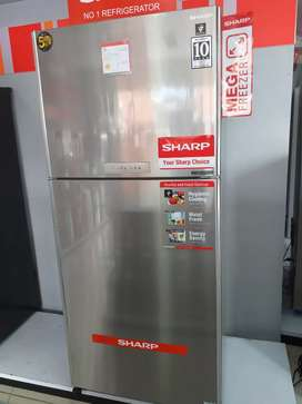 Sharp kulkas 2 pintu mega freezer
