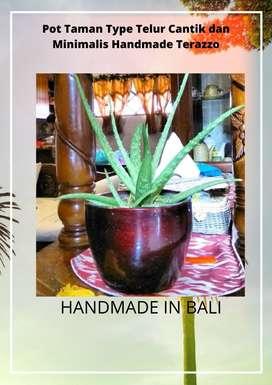 Pot Taman Type Telur Cantik dan Minimalis Handmade Terazzo